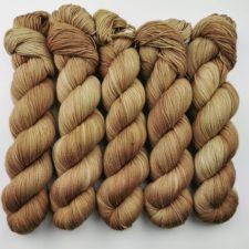 Irresistible tonal yarn in a warm spice colorway