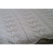 Simple lace and cable pattern.