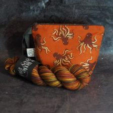 Medium size zip pouch with octopus print